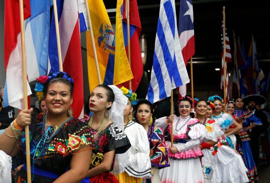 Hispanic+Heritage+Month+cel